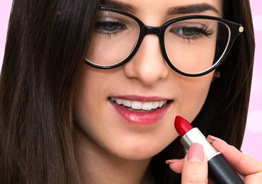 Great Tips to Make Your Lipstick Last Longer