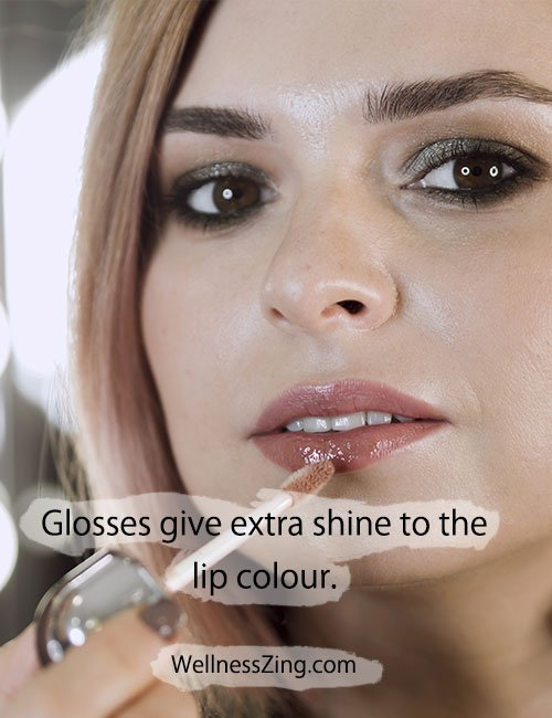 Lip Gloss Give Your Lips Extra Glow