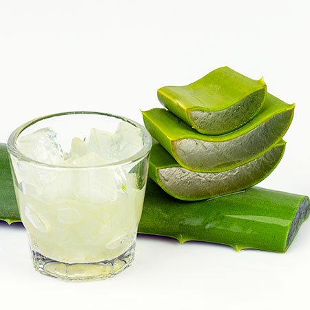 Aloe Vera Gel Helps Remove Sun Tan