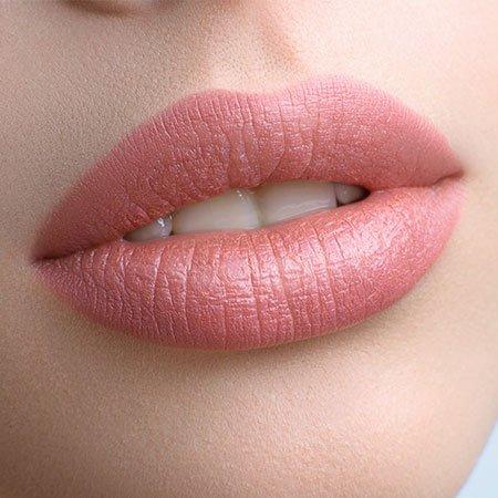 Makeup Tricks for Fuller Lips