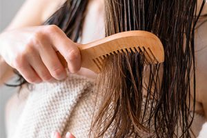 Benefits of Using Wide Tooth Comb