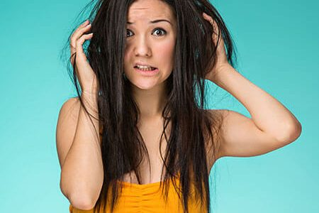 Home Remedies to Treat Smelly Scalp Naturally